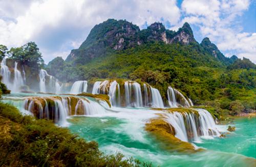 Tranh phong cảnh thác nước may mắn trang trí nhà rộng