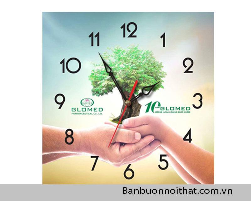 Mẫu tranh đồng hồ được chọn in logo làm quà tặng của doanh nghiệp