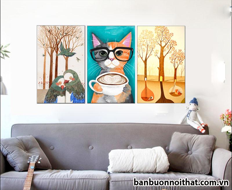 Bộ tranh con vật in ép gỗ kết hợp nội thất đơn giản làm sáng bừng góc không gian