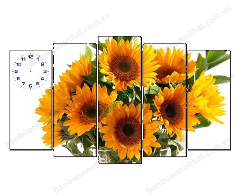 Mẫu tranh đồng hồ hoa hướng dương đẹp trang trí sau ghế sofa