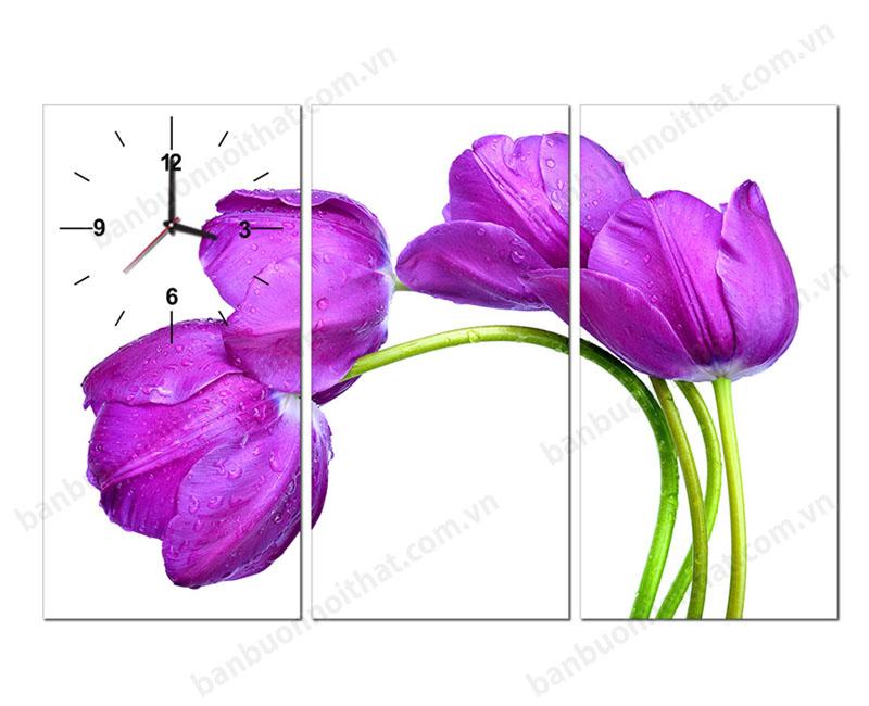 Tranh hoa tulip có vẻ đẹp mong manh, kiêu sa nên rất thcish hợp với nữ chủ nhân