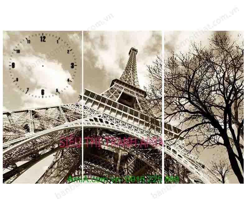 Một mẫu tranh đồng hồ khác về biểu tượng của nước Pháp với góc chụp nghệ thuật, hiền hòa