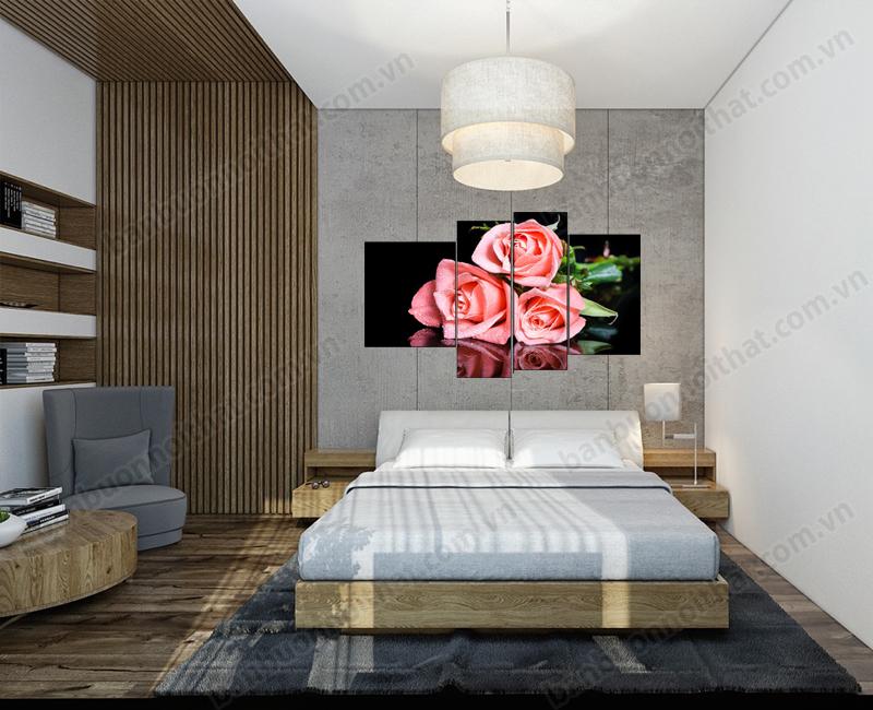 Sự tương phản đen hồng Xám giúp bức tranh đồng hồ hoa hồng tạo điểm nhấn tinh tế cho phòng ngủ