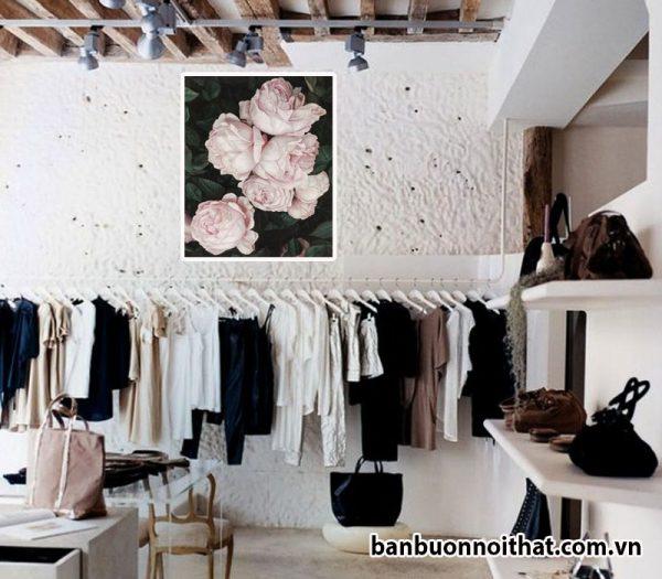 Tranh hoa hồng trang trsi cửa hàng quần áo nữ, nơi bán, địa chỉ bán