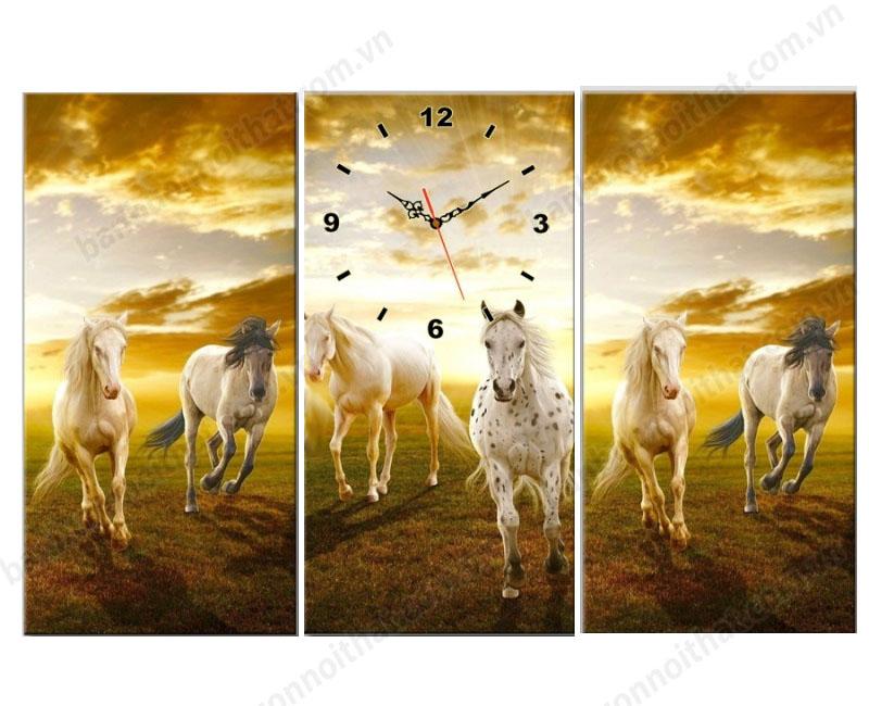 Mẫu tranh đồng hồ treo tường đẹp sáu con ngựa trang trsi phòng khách, phòng làm việc
