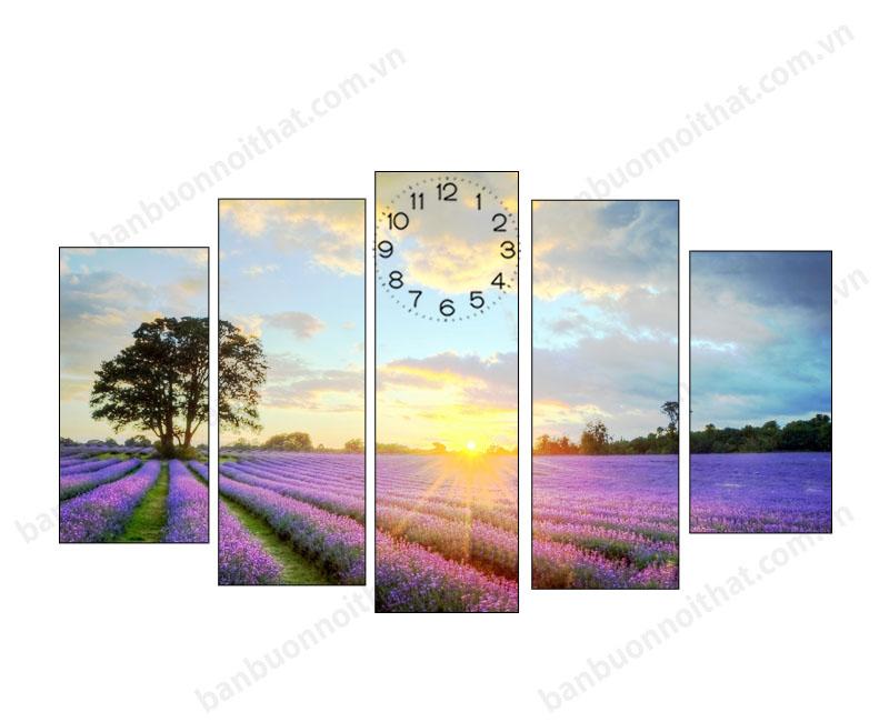 Mẫu tranh đồng hồ cánh đồng hoa Lavender dùng để trang trí phòng thiết kế hiện đại