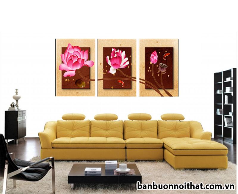 Tranh hoa sen trang trí hiện đại treo sau sofa chữ L