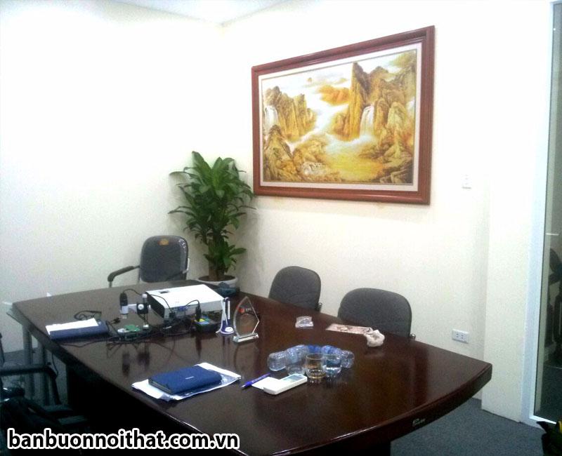 Tranh thiên sơn hùng vĩ trang trí phòng làm việc của công ty