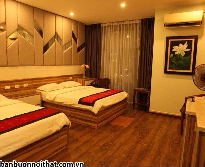 Trang trí phòng khách sạn với tranh sơn dầu vẽ tay khổ nhỏ