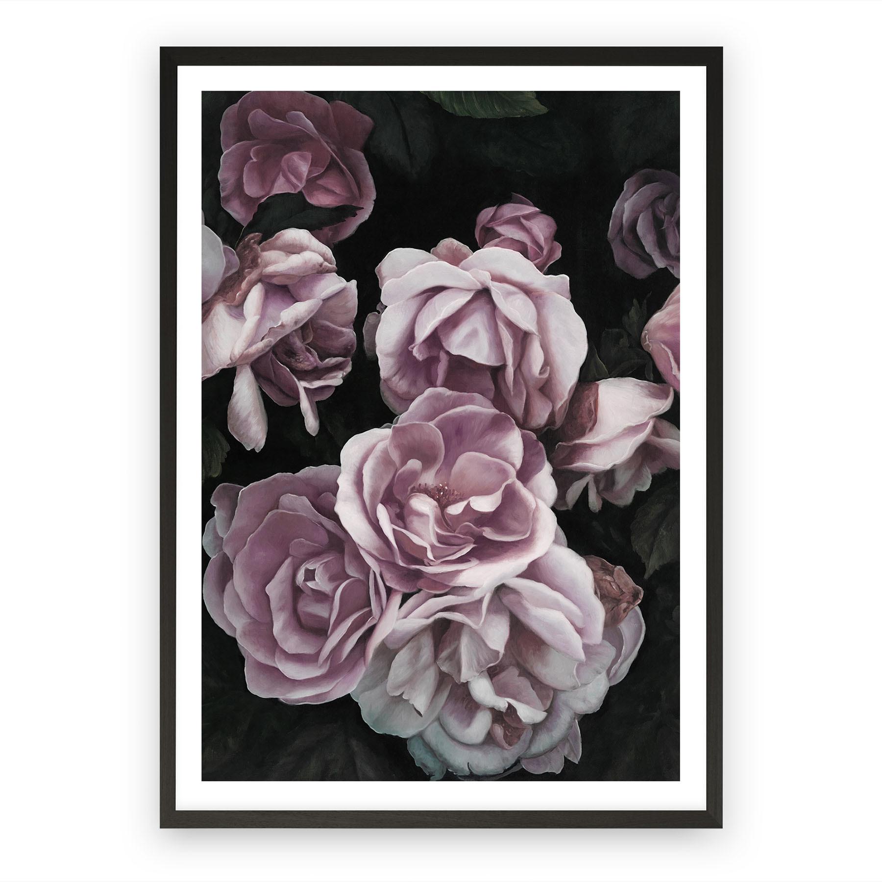 Tranh hoa hồng in canvas có khung đen tinh tế, sang trọng