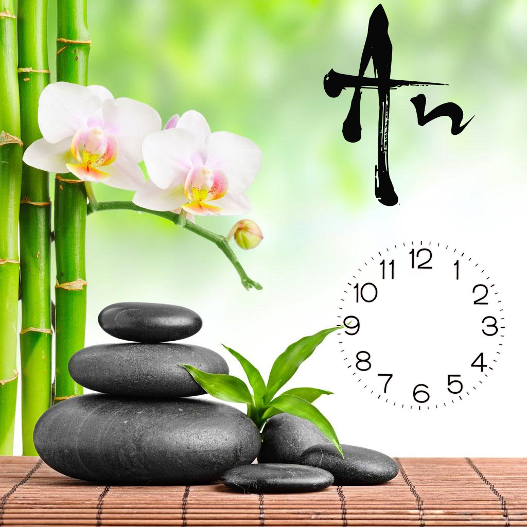 Tranh đồng hồ chữ An làm quà tặng khách hàng thay cho lời chúc vạn sự bình an